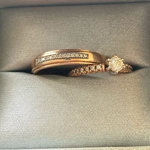 Two wedding rings rose gold